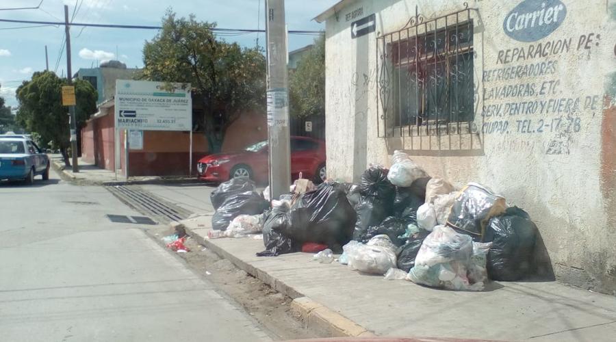 Acusan servicio irregular de basura en 5 Señores | El Imparcial de Oaxaca