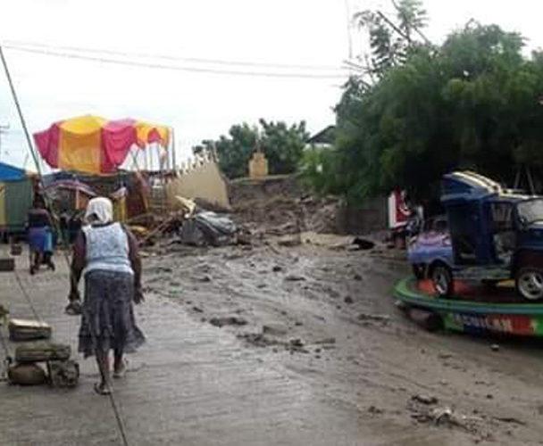 Continúan los daños por lluvias en Pinotepa Nacional