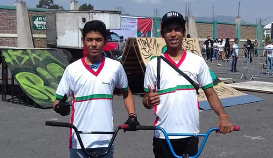 Brillaron oaxaqueños de BMX en suelo mexiquense