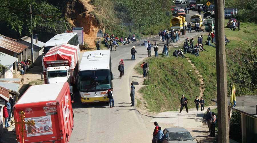 Bloqueos carreteros afectan a hoteleros de Tuxtepec | El Imparcial de Oaxaca