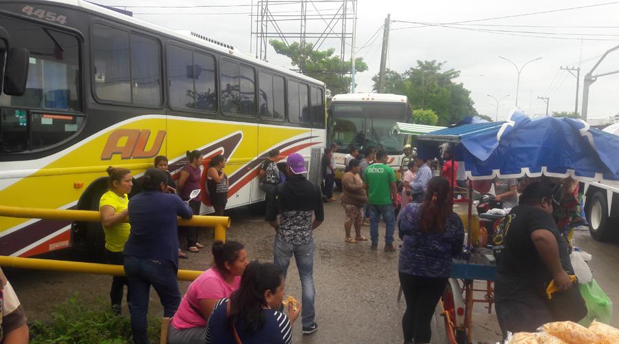 Codeci bloquea las vías de la Cuenca | El Imparcial de Oaxaca