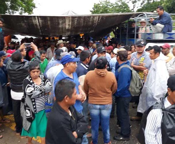 Continúa protesta en Boca del Monte