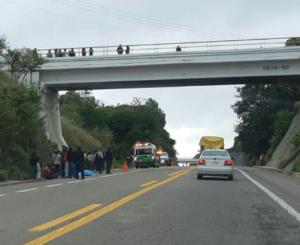 Muere atropellado en la súper carretera a Puebla
