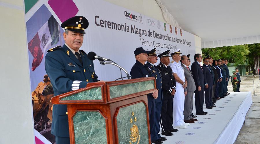 Sorprenden a menores  con armas de fuego  en Oaxaca   El Imparcial de Oaxaca
