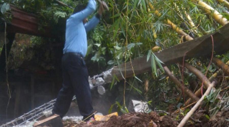 Reportan daños por lluvias torrenciales en Oaxaca