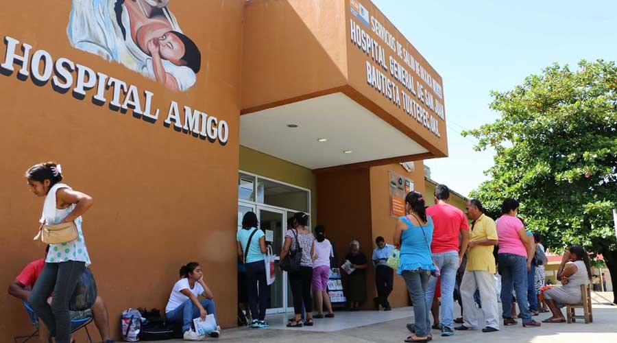 Empleados de Jurisdicción Sanitaria 03 paran labores | El Imparcial de Oaxaca