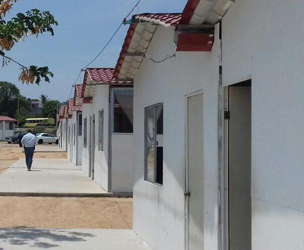 Lenta reconstrucción de escuelas del Istmo