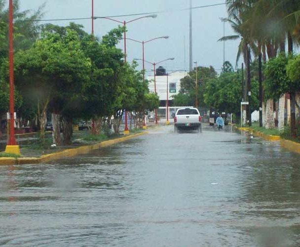 Pide Protección Civil extremar precaución por lluvia y viento