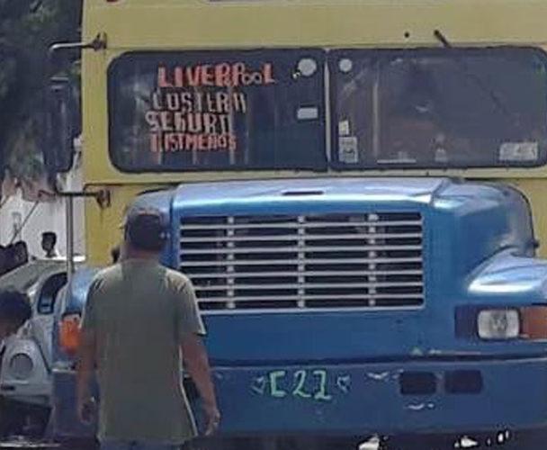 Piden retirar camiones chatarra de Salina Cruz, Oaxaca