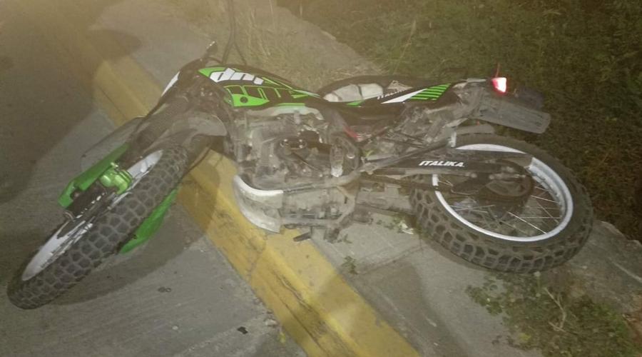 Motociclista se impacta y fallece en Salina Cruz