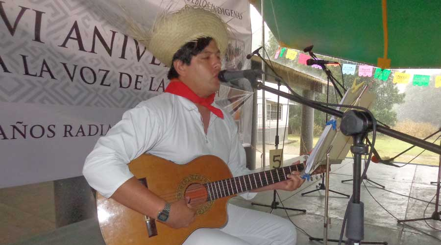 Radio XETLA festeja 36 años