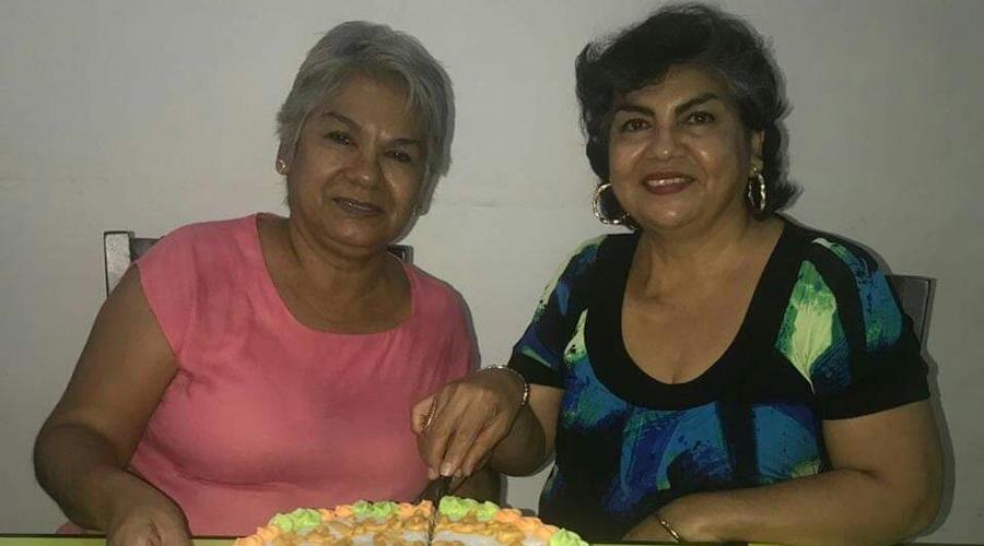 ¡Feliz cumpleaños Clara y Flor!