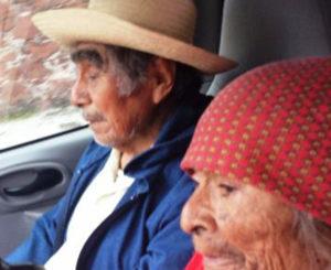 En Huajuapan, culpan a taxista  por robo a personas de la tercera edad