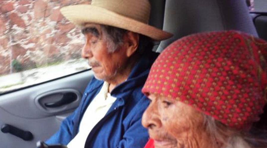 En Huajuapan, culpan a taxista  por robo a personas de la tercera edad. Noticias en tiempo real