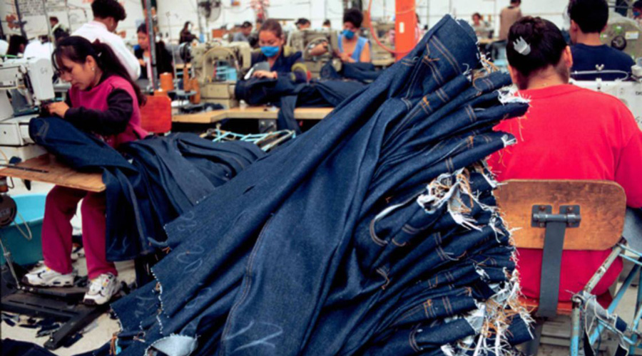 Mezclilla, un básico de la moda, altamente contaminante | El Imparcial de Oaxaca