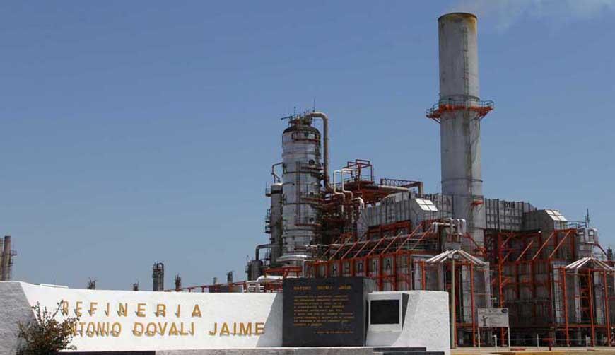 ASF reporta 595 mdp en pagos  irregulares en refinería Dovalí