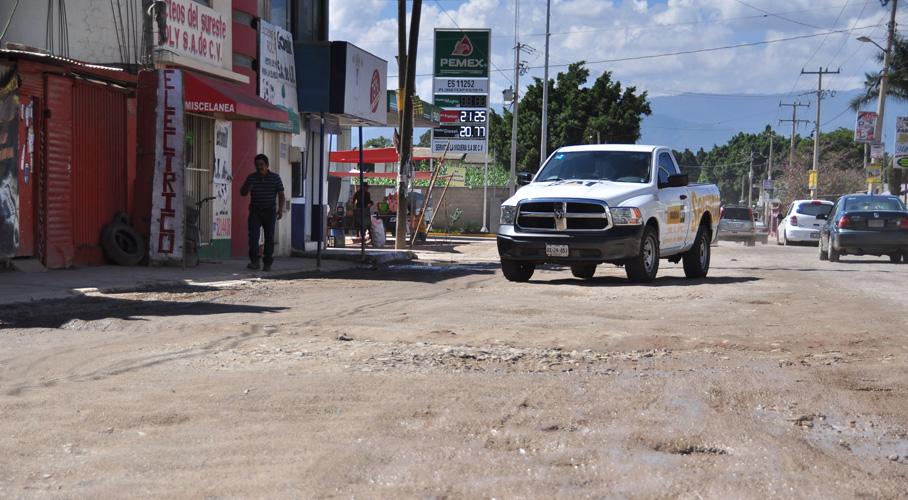 Abandonan vialidades  en Zona Metropolitana de Oaxaca