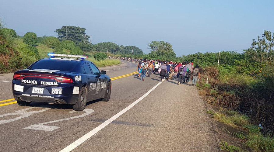 Continúa recorrido de la segunda caravana de migrantes por el Istmo | El Imparcial de Oaxaca