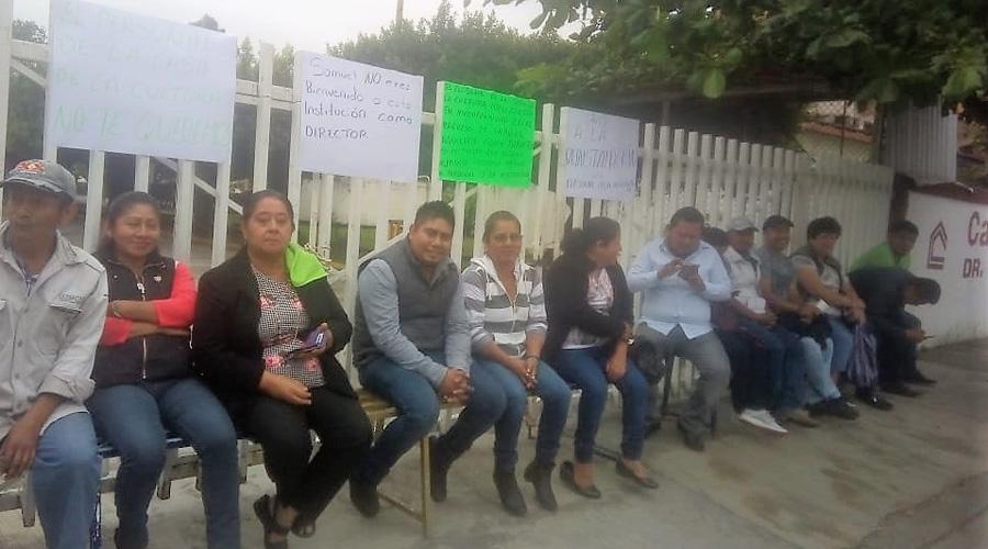 Empleados toman Casa de la Cultura de Tuxtepec | El Imparcial de Oaxaca