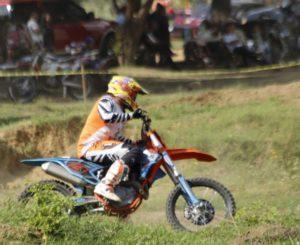 Celebrarán Campeonato Estatal de Motociclismo Enduro en Etla