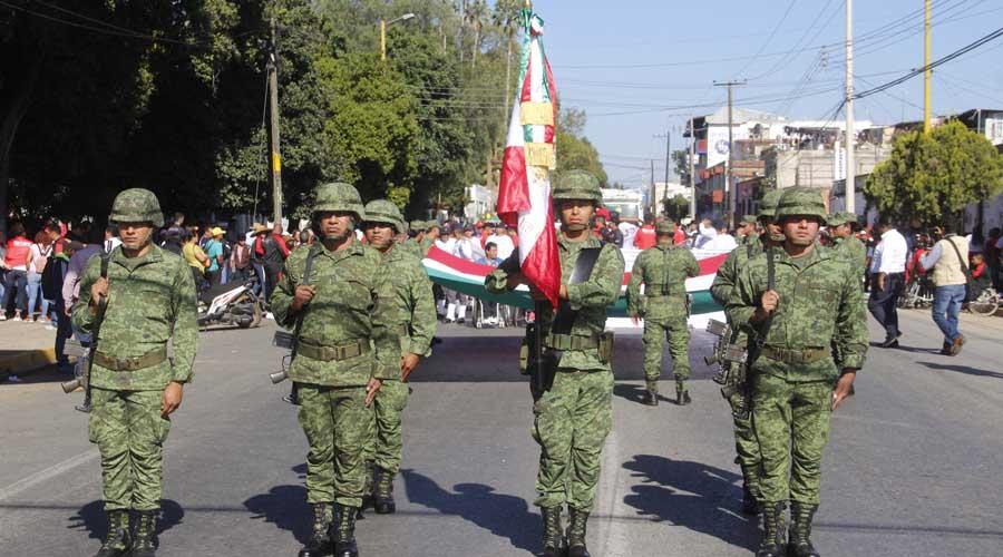 Participan atletas oaxaqueños en desfile por aniversario de La Revolución Mexicana. Noticias en tiempo real