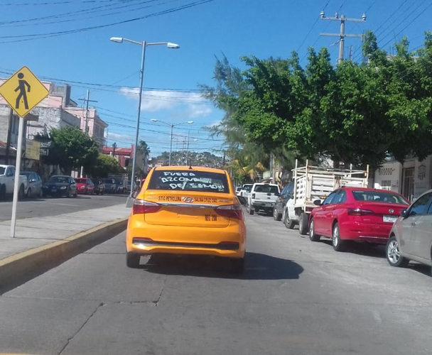 Siguen operativos sobre taxis
