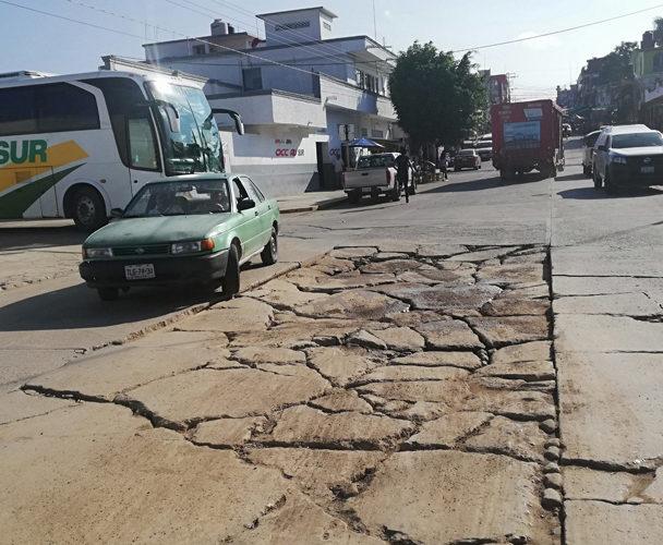 Las calles  de Matías Romero se encuentran en el abandono