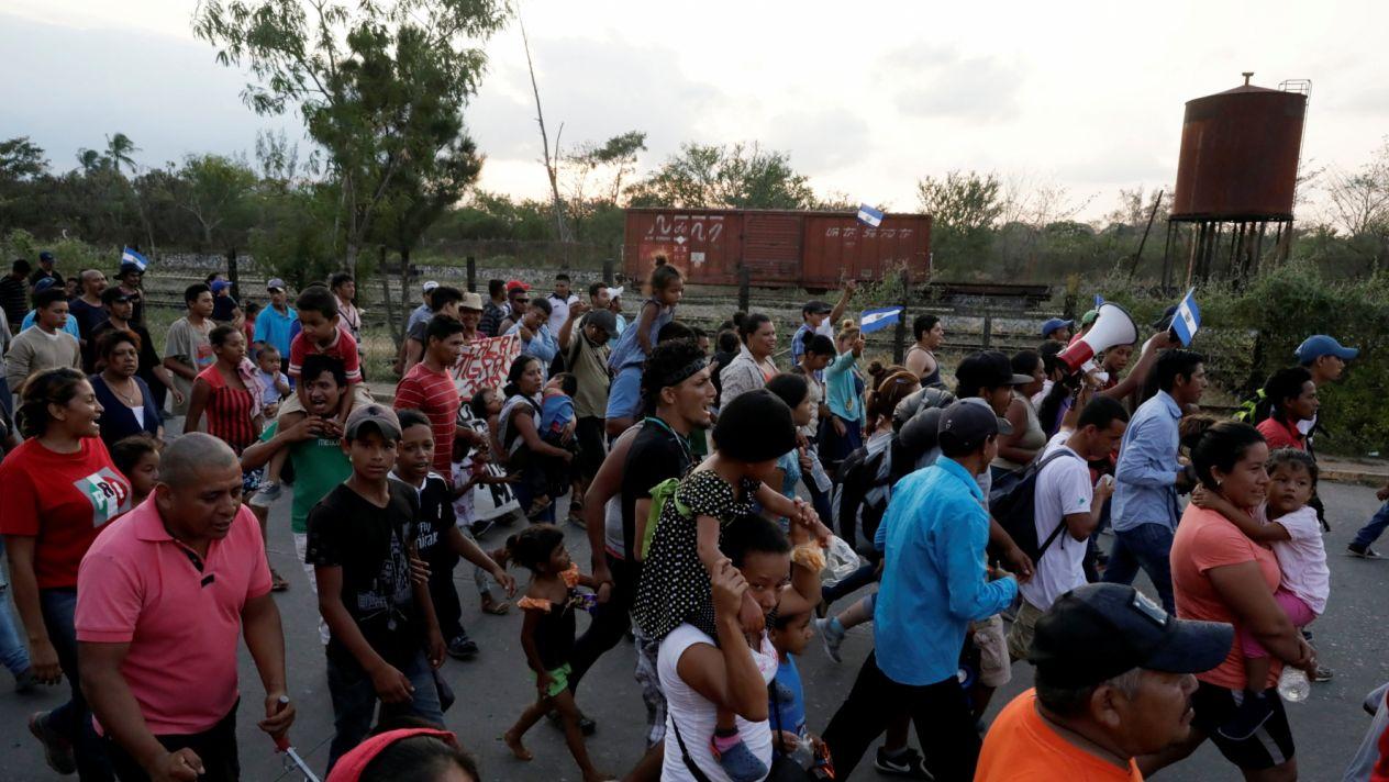 Lorena, la trans que huye de la violencia en Honduras | El Imparcial de Oaxaca