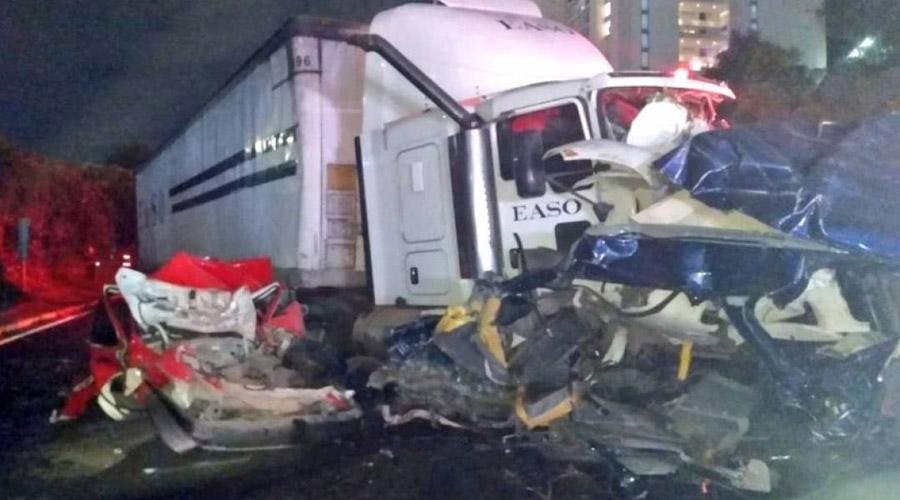 Video: Tráiler provoca carambola en la carretera México-Toluca, deja 9 muertos. Noticias en tiempo real