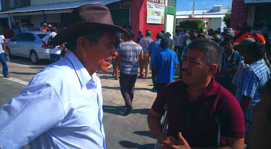 Comuneros perciben desalojo de Tilzapote