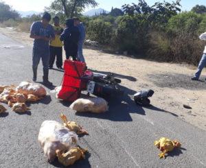 Atropellan a motociclista repartidor en San Jacinto Amilpas