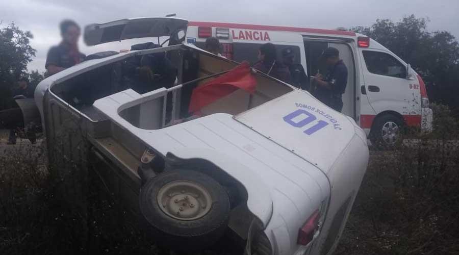Volcadura de mototaxi en Zaachila deja dos lesionados | El Imparcial de Oaxaca
