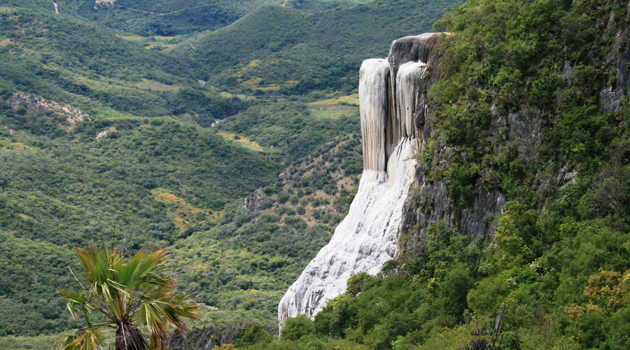 Se lesiona gravemente turista tras caer en Hierve el Agua | El Imparcial de Oaxaca