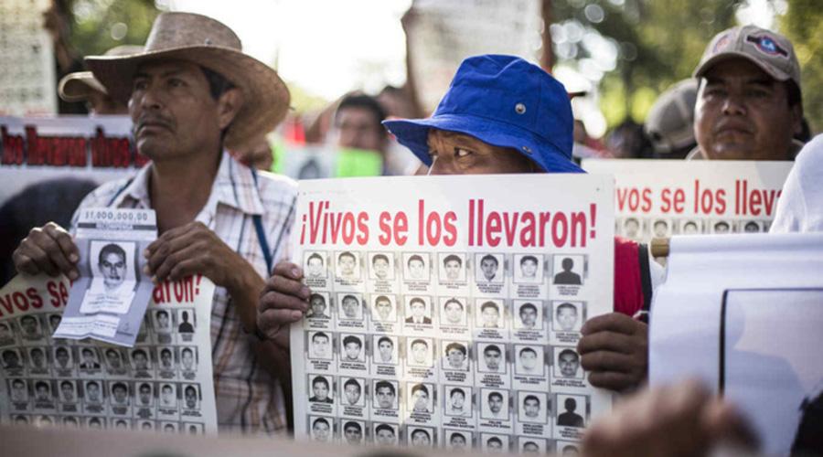 Padres de los 43 sufren por desgaste de salud, físico y psicológico | El Imparcial de Oaxaca