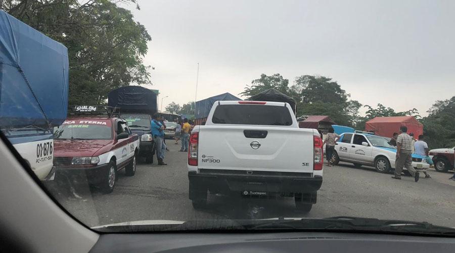 Bloqueos carreteros afectan a  hoteleros y comerciantes de Tuxtepec | El Imparcial de Oaxaca