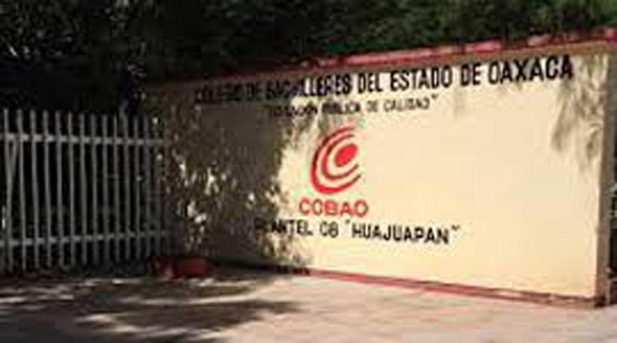 En paro de labores COBAO  y CECyTE en Huajuapan de León | El Imparcial de Oaxaca