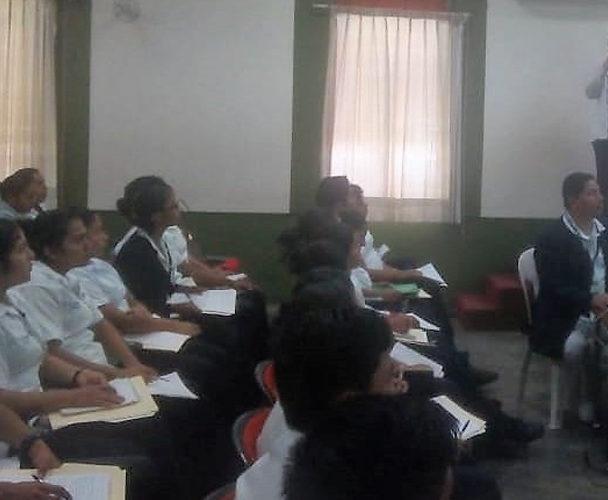 Dan cursos a estudiantes del CONALEP de Tuxtepec