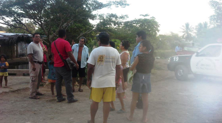 Vecinos del barrio de Vixhana reportan inundaciones