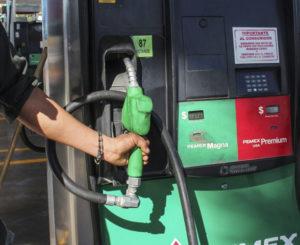Gasolina hila cinco semanas a la baja