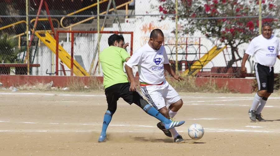Celebran Solteros vs. Casados encuentro anual de futbol | El Imparcial de Oaxaca