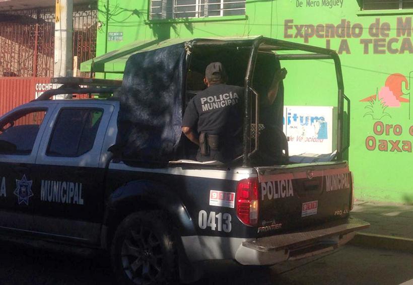 Mototaxista asalta mezcalería en Juchitán   El Imparcial de Oaxaca