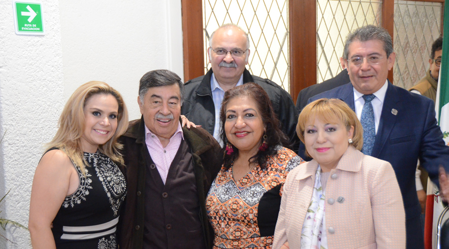 Celebran un año más de vida de Don Alberto