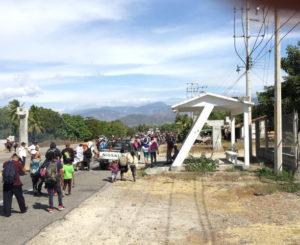 Caravana migrante arriba al Istmo de Oaxaca