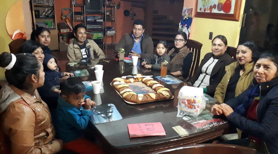 Festejan en familia | El Imparcial de Oaxaca