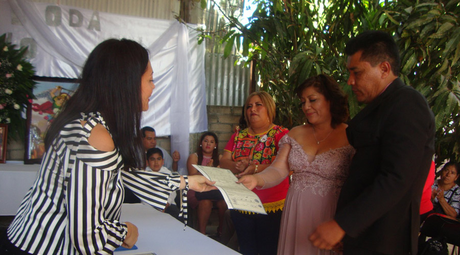 Adriana y Antonio se juran amor eterno