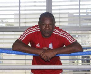 Llega nuevo entrenador de box cubano al CRAD