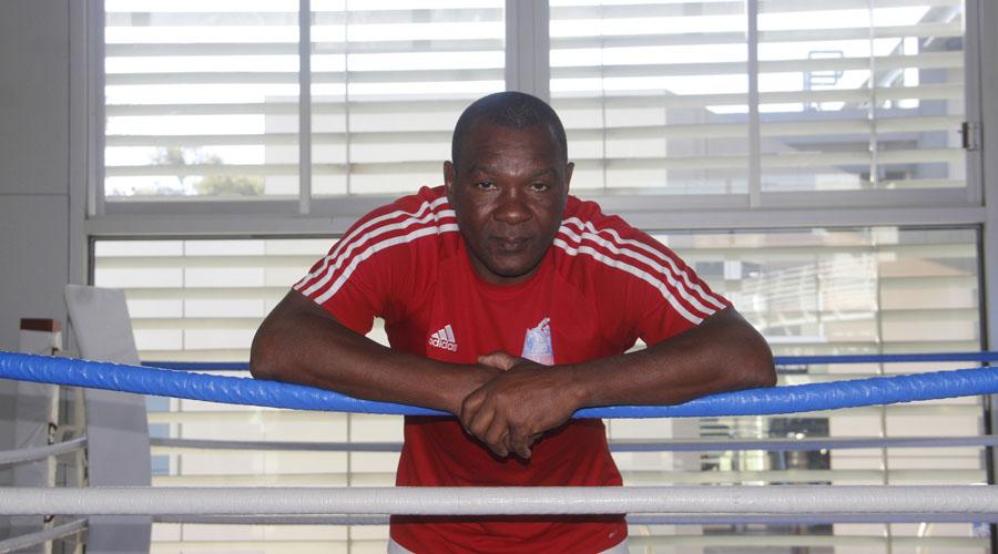 Llega nuevo entrenador de box cubano al CRAD | El Imparcial de Oaxaca