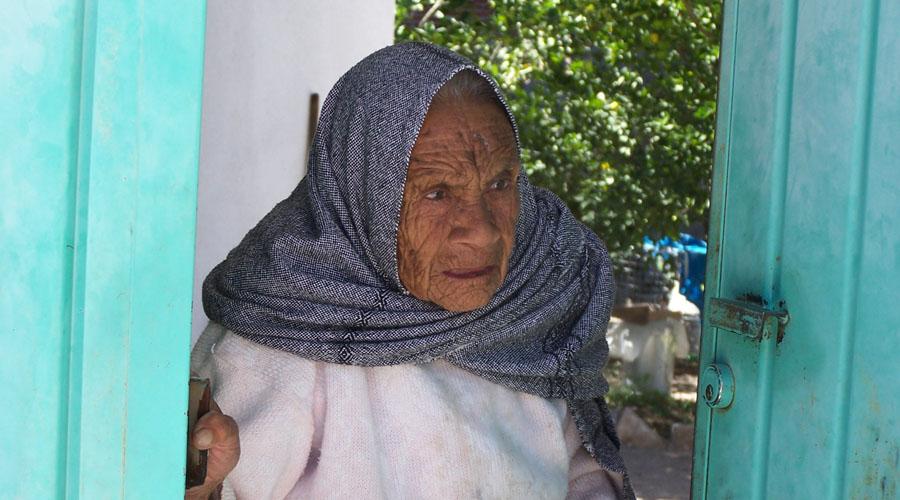 Mujeres de la Mixteca piden efectivo; no solo esperanzas