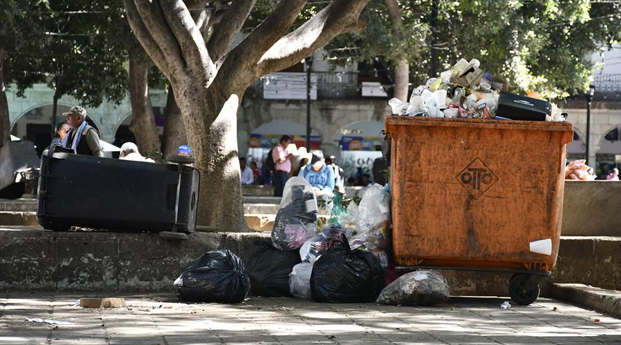 Piden mejores condiciones  para el servicio de limpia en Oaxaca