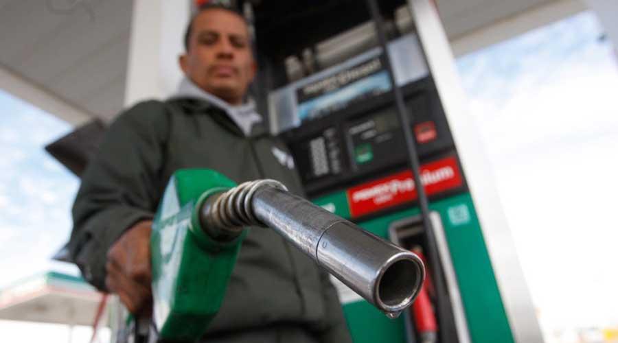 Desabasto de combustible afecta a despachadores de gasolineras. Noticias en tiempo real